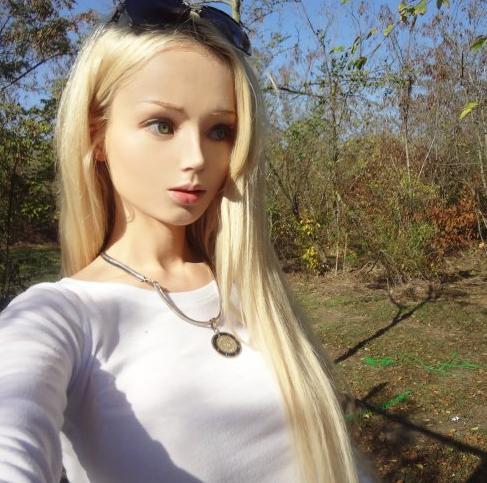 Valeria Lukyanova Profile