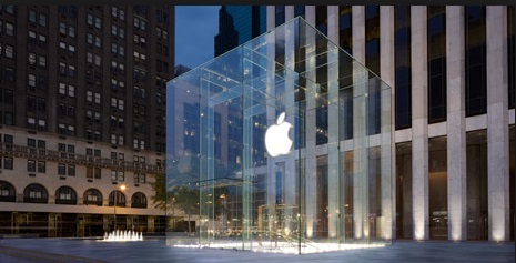 iphone New Sales Record, iphone 5s top sales, iphone 5s Record breaking sales