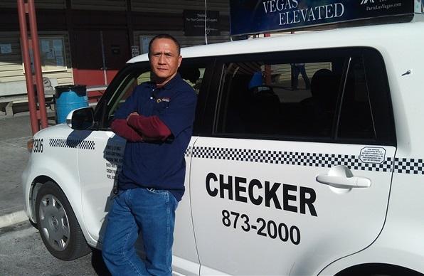 Vegas cab driver, Gerardo Gamboa, vegas cabbie, Vegas cab driver finds $300k, Las Vegas cab driver, Gerardo Gamboa returns $300k