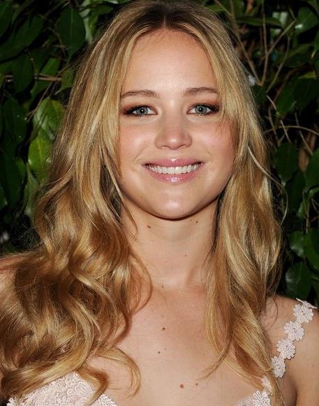 Jennifer Lawrence leaked photos, Kate Upton leaked photos, celebrity leaked photos, Kate Upton private photos leaked, Jennifer Lawrence private photo leaked
